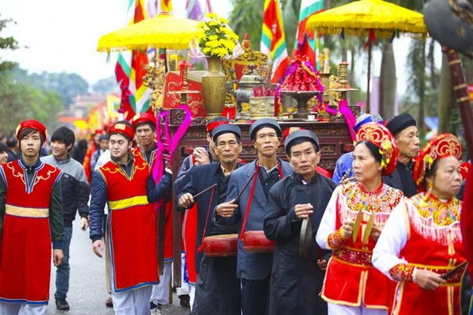 Hội Lim là lễ hội truyền thống nổi tiếng và lớn nhất vùng Kinh Bắc Việt Nam