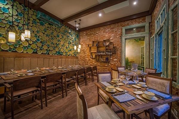 Không gian bên trong của Home Hanoi Restaurant