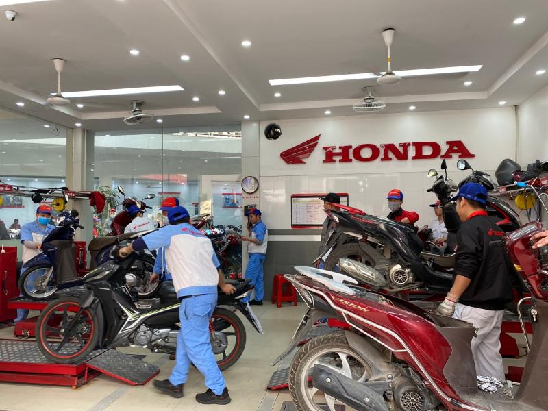 Honda Vũ Hoàng Lê 2
