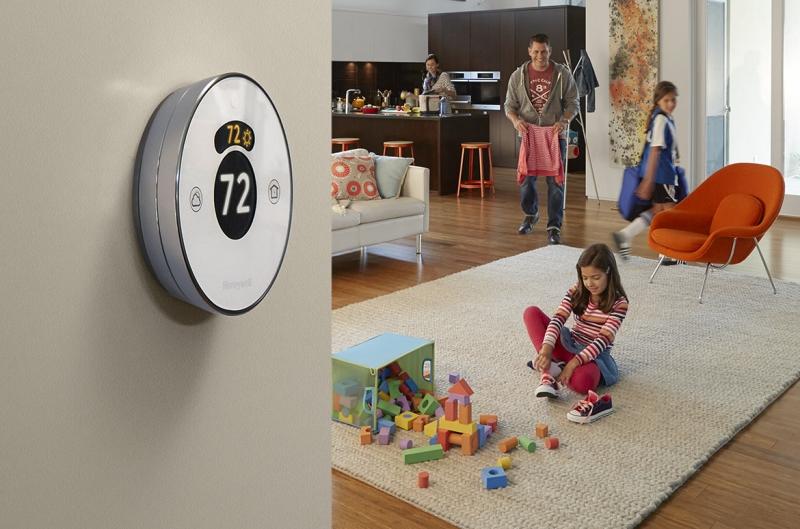 Thiết bị điều chỉnh nhiệt độ Honeywell Lyric Thermostat
