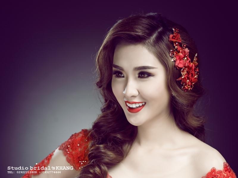 Hồng Nguyễn Make Up