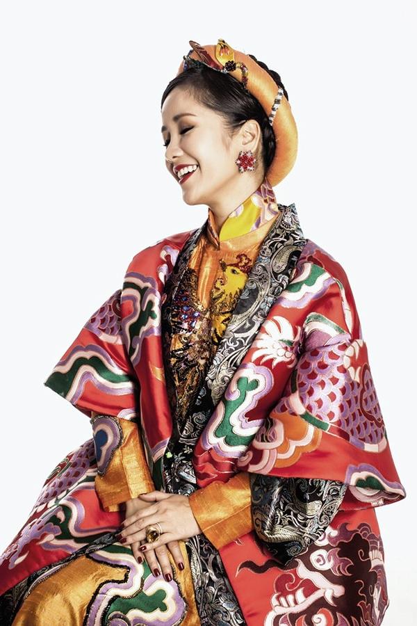 Hồng Nhung (46 tuổi)