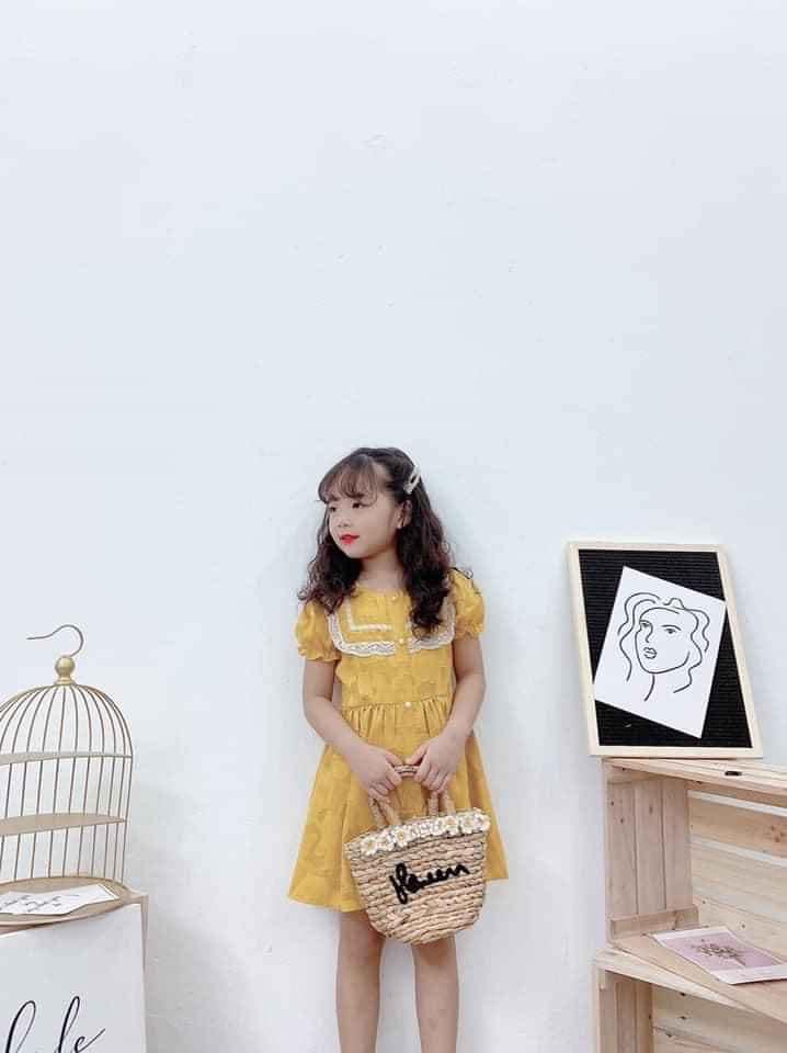 Hồng Nhung Kid Doremon luôn có các mẫu đầm ngọt ngào cho bé gái
