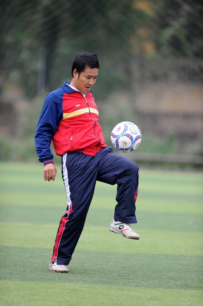 Cầu thủ Nguyễn Hồng Sơn