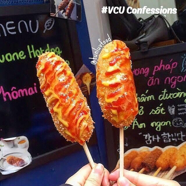 Hotdog - YouOne hotdog (nguồn VCU Confessions)