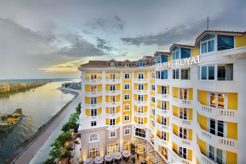 Khách sạn có khu vực không gian rộng lớn, yên tĩnh rất thích hợp cho việc nghỉ ngơi, thư giãn của du khách