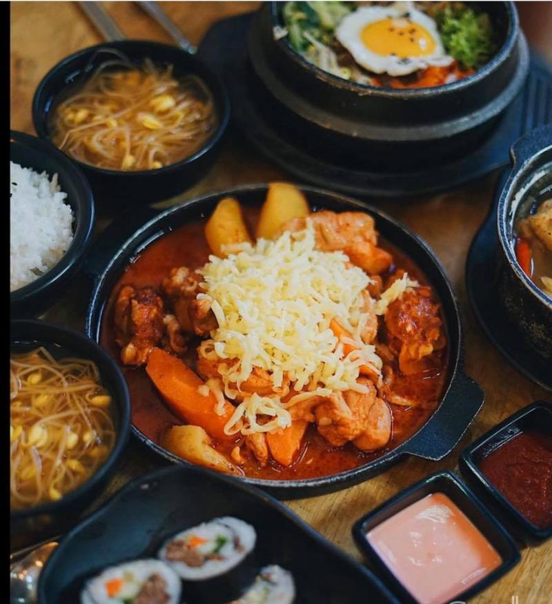 Hotsun Rice & Chicken