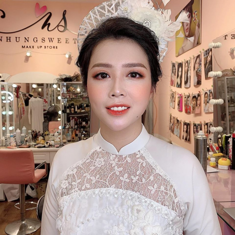 Nhung Sweet Make-Up
