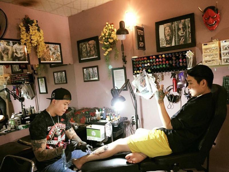 S.T Tattoo & Shop
