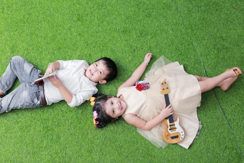 Hình ảnh hồn nhiên vô tư của con trẻ được lưu giữ lại qua ống kính của Studio Duy Nguyên