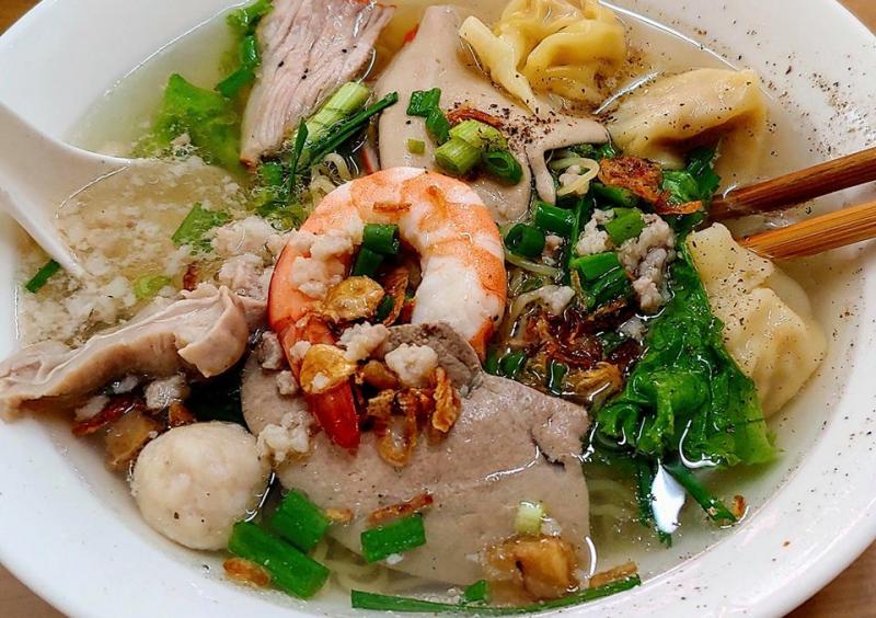 Bát hủ tiếu Nam Vang với nước lèo ngọt thanh, tự nhiên