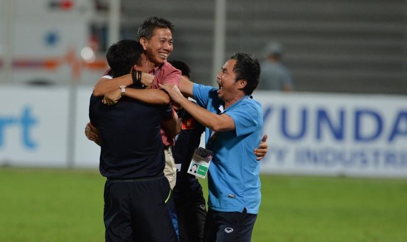 Niềm vui của BHL U19 Việt Nam
