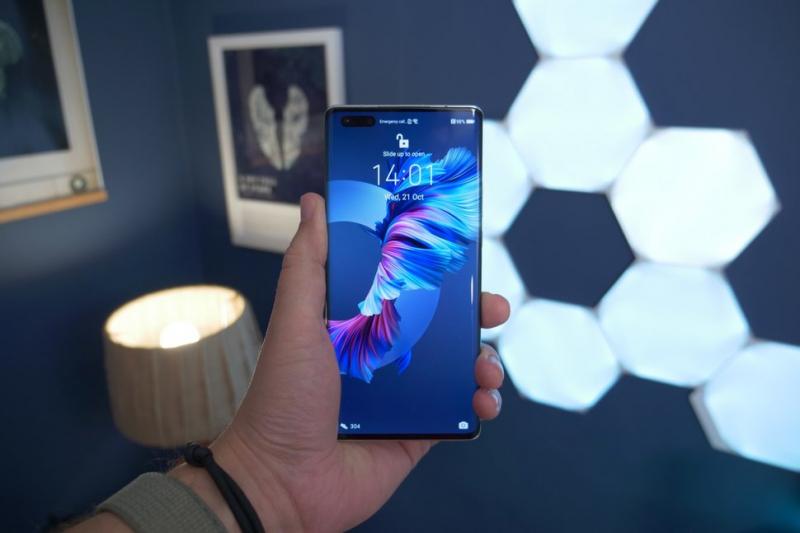 Màn hình cong mạnh 88 độ của Huawei Mate 40 Pro