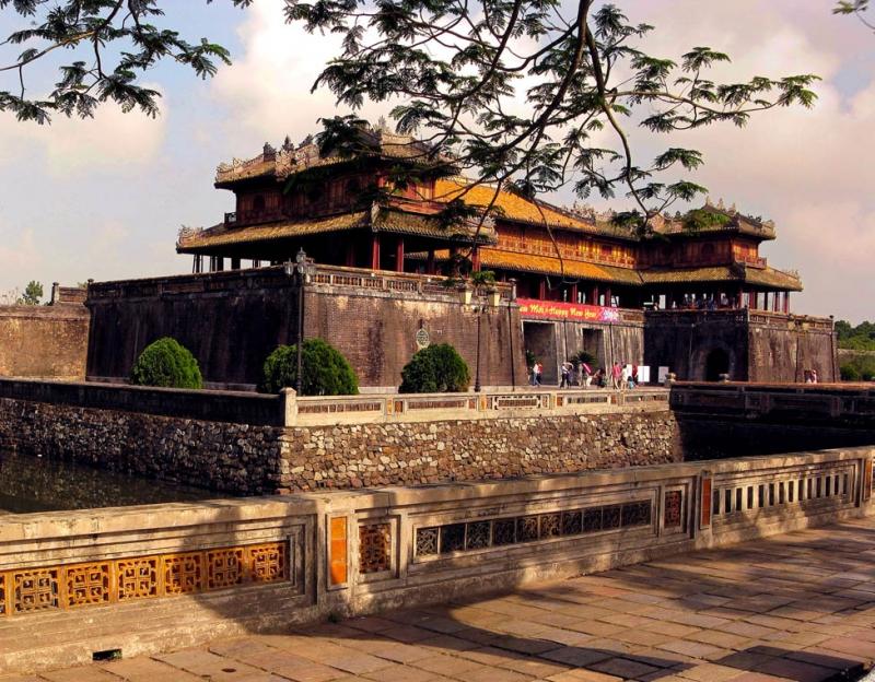 Nét cổ kính của cố đô Huế