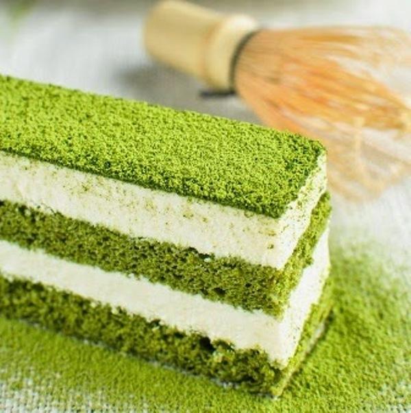 Bánh Tiramisu trà xanh hấp dẫn