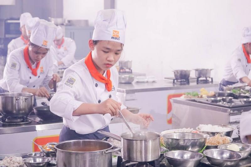 Hướng Nghiệp Á  Âu – Trung tâm dạy nghề ở Đà Nẵng