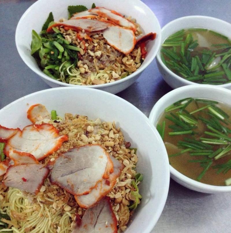 Huy Hoàng - Hủ Tíu, Miến Lươn, Sủi Cảo, Mỳ Vằn Thắn