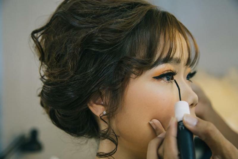 Huy Nguyễn makeup Stores