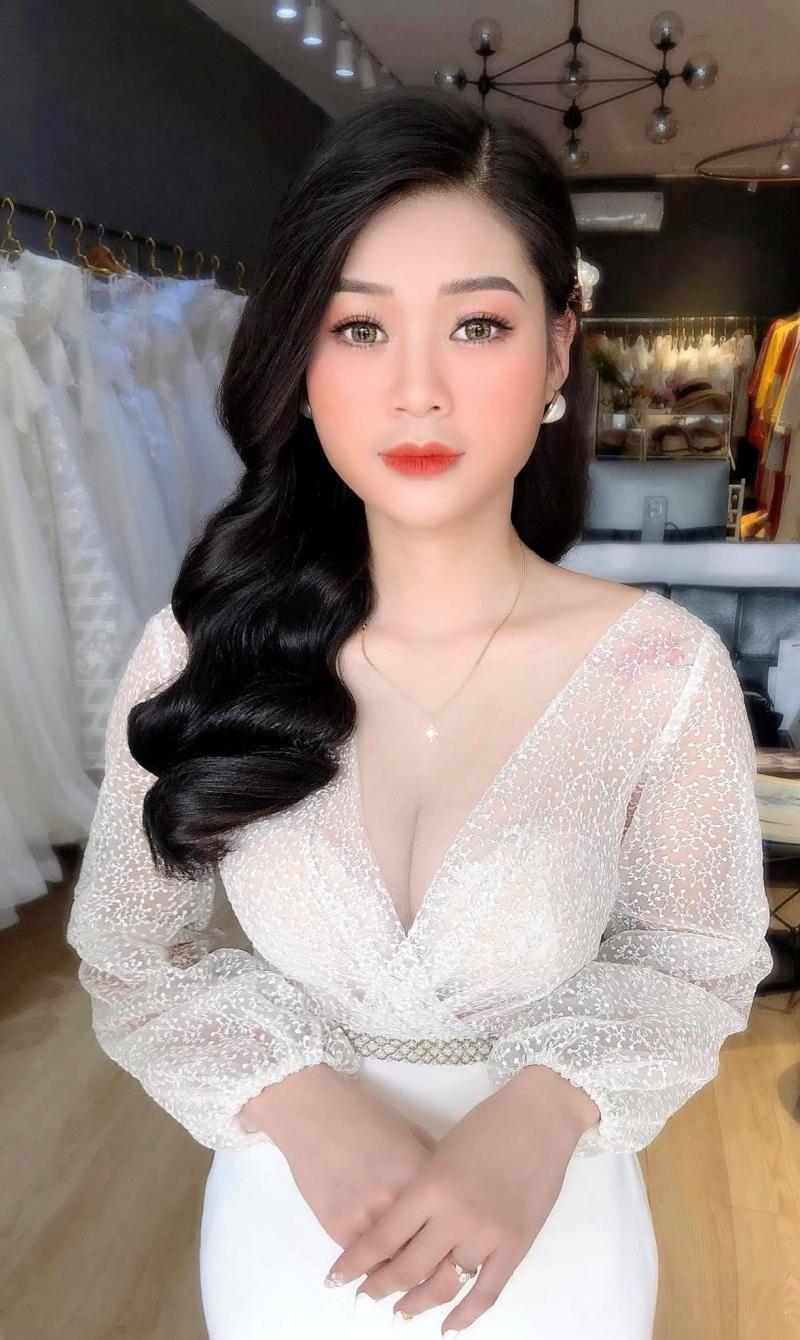 Huyền Helen Makeup (Helen Wedding)