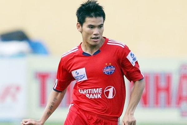 Quang Thanh đã trở thành tượng đài tại Bình Dương sau 8 năm chơi bóng cùng những đóng góp tuyệt vời cho đội bóng đất Thủ