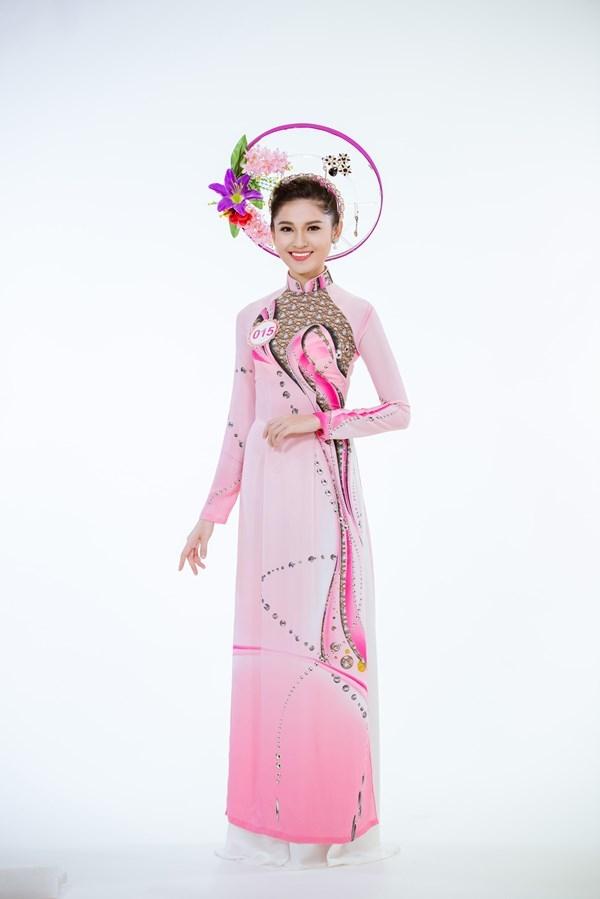 Á hậu Thùy Dung mang nét đẹp Á Đông dịu dàng