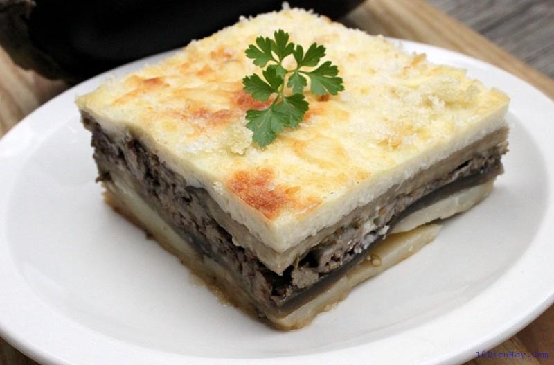 Moussaka là một trong những món ăn nổi tiếng và quen thuộc của người dân Hy Lạp.