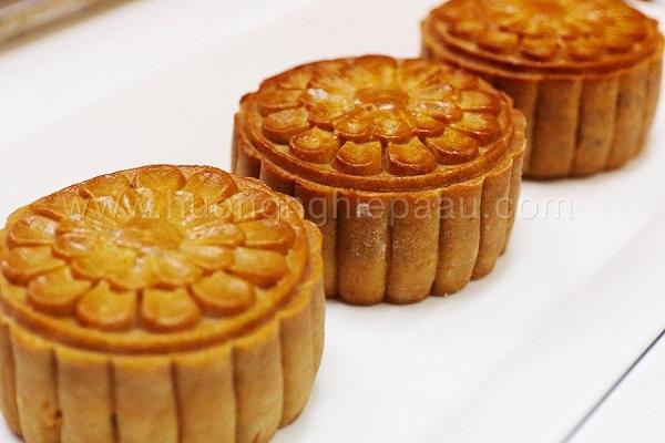 Bánh được nướng vừa phải, vị ngon không quá ngọt như bánh các tiệm khác