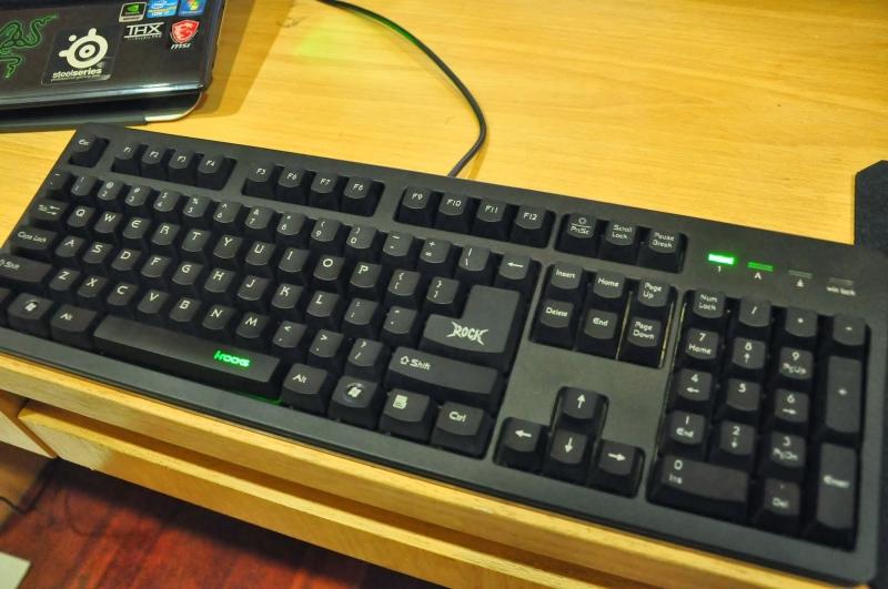 Vẻ ngoài khá bắt mắt của bàn phím i - Rocks K10.