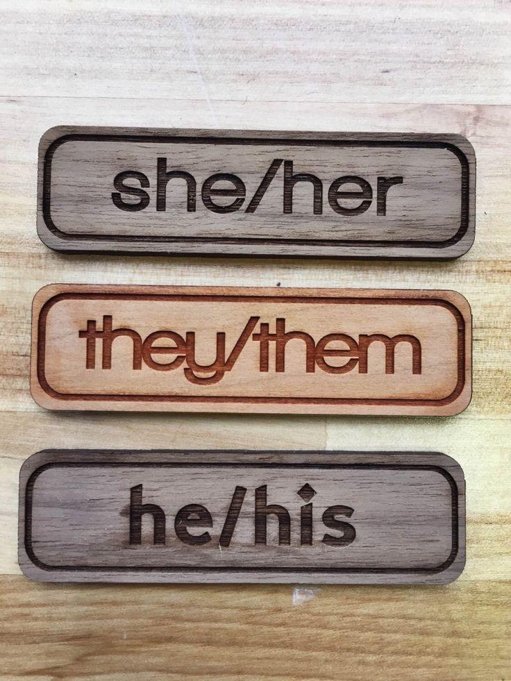 Bạn không nên viết những từ như I, She, He, Him, Her vào CV
