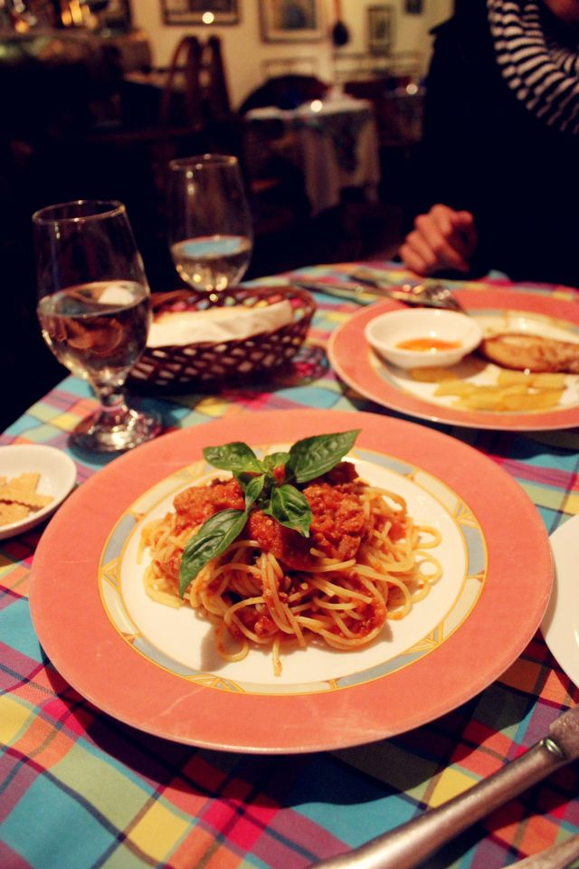 II Grillo chuyên món Ý, khách của quán cũng có rất nhiều người nước ngoài, món ăn ở đây thật sự tràn đầy hơi thở của Ý.