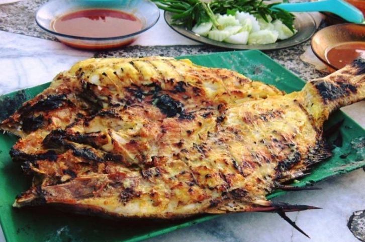 Món cá nướng ikan bakar