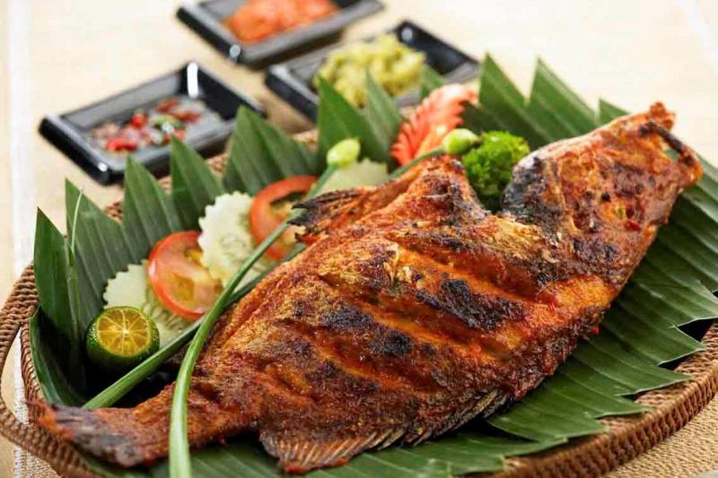 Đây là món cá nướng rất độc đáo và được ưa chuộng ở Malaysia, cũng như khá nổi tiếng ở Châu Á.