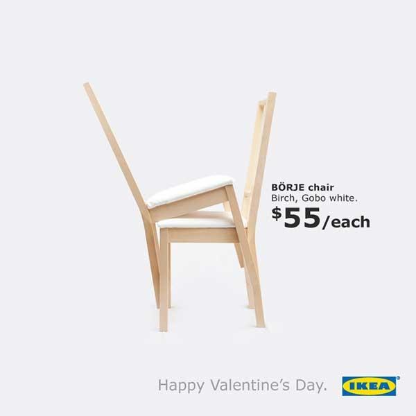 Hình ảnh chỉ là hai chiếc ghế chồng lên nhau nhưng vẫn truyền tải được thông điệp của hãng.