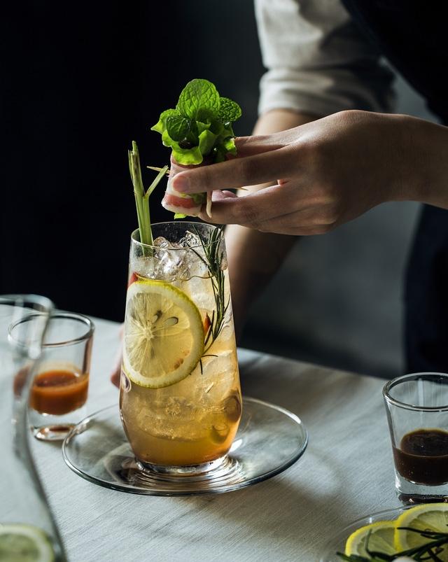Một loại đồ uống tại quán ILU Bar