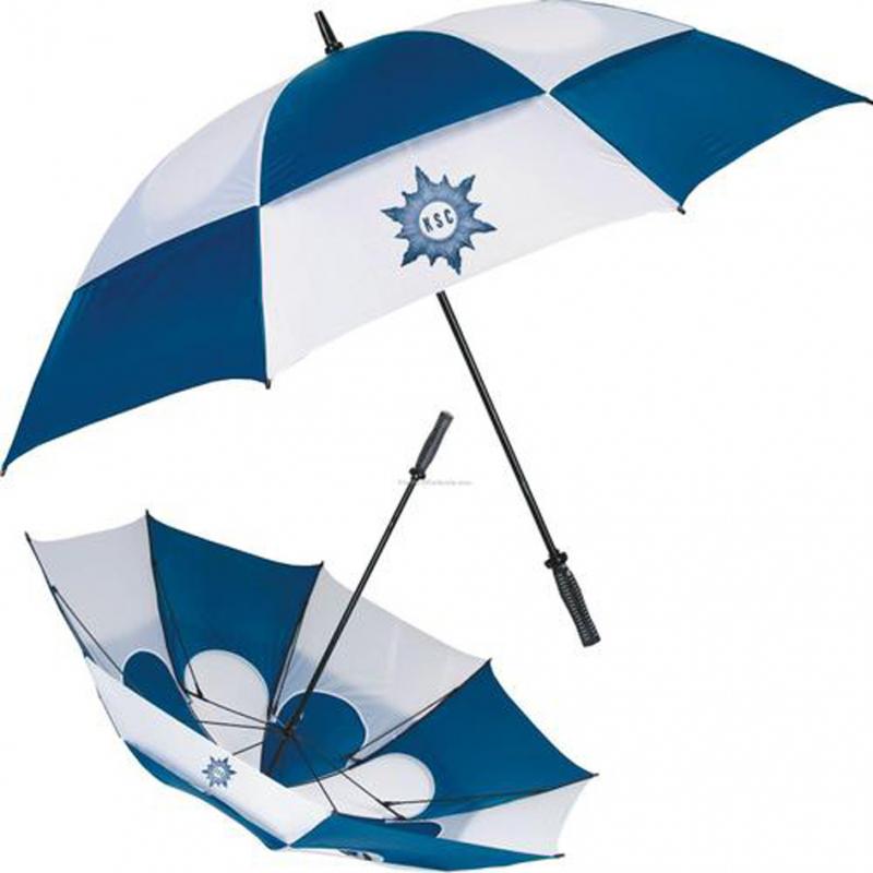 Cung cấp những món tiện lợi hữu ích nên tại I.M Away không thể thiếu những chiếc ô cho mùa mưa bão