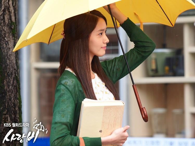 Nét dịu dàng của Yoona trong Love Rain