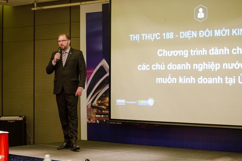 Là công ty tiên phong đầu tiên tại Việt Nam từ năm 2005 về lĩnh vực di trú và quốc tịch nước ngoài,