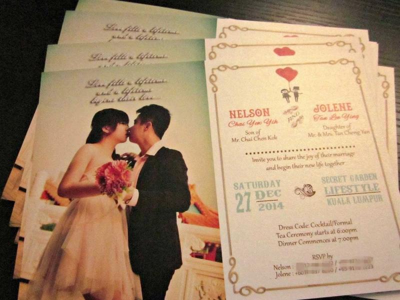 Một trong những tấm thiệp cưới ở Lê Vinh