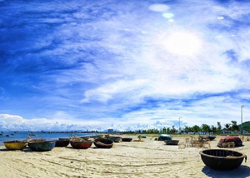 Một bãi biển đẹp ở Indonesia