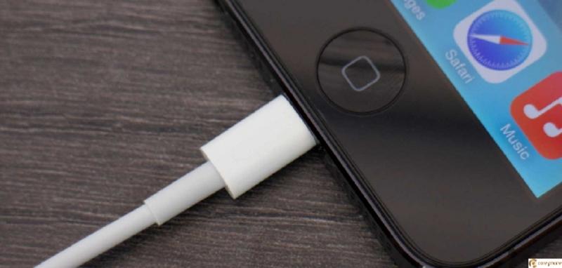iPhone 5 không sạc được