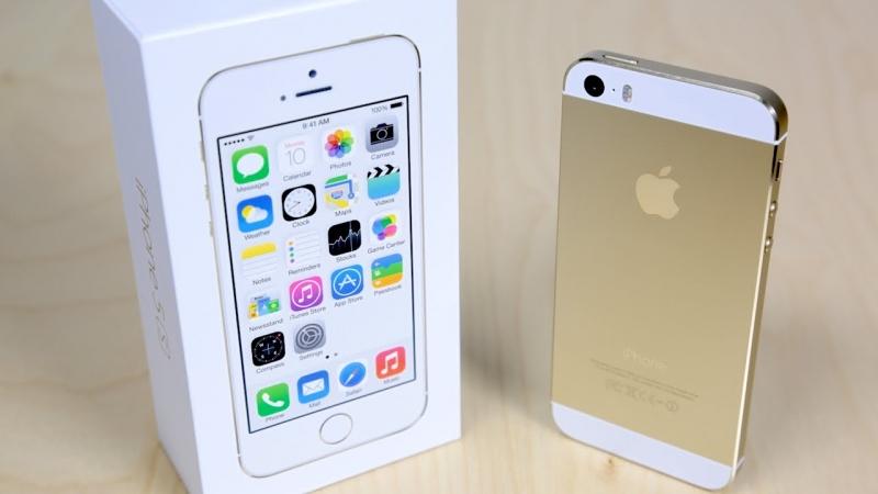 iPhone 5S có tùy chọn màu Gold và flash kép