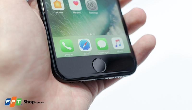 iPhone 7 được bảo hành 2 năm