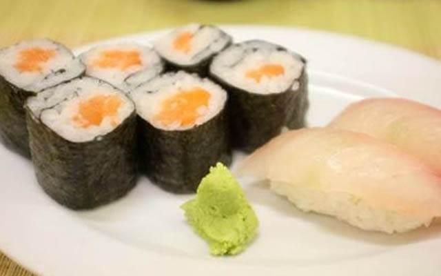 Sushi ở Iroha Ni Hoheto