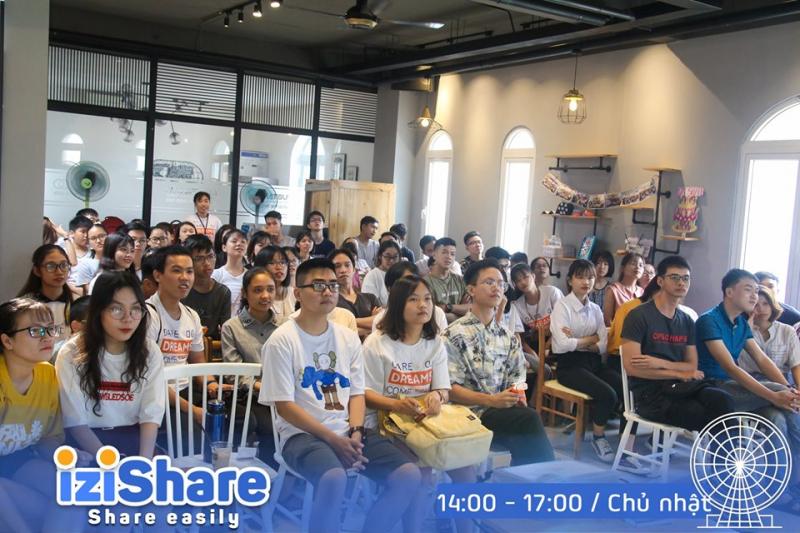 Cộng đồng tiếng Anh IZI tại Đà Nẵng