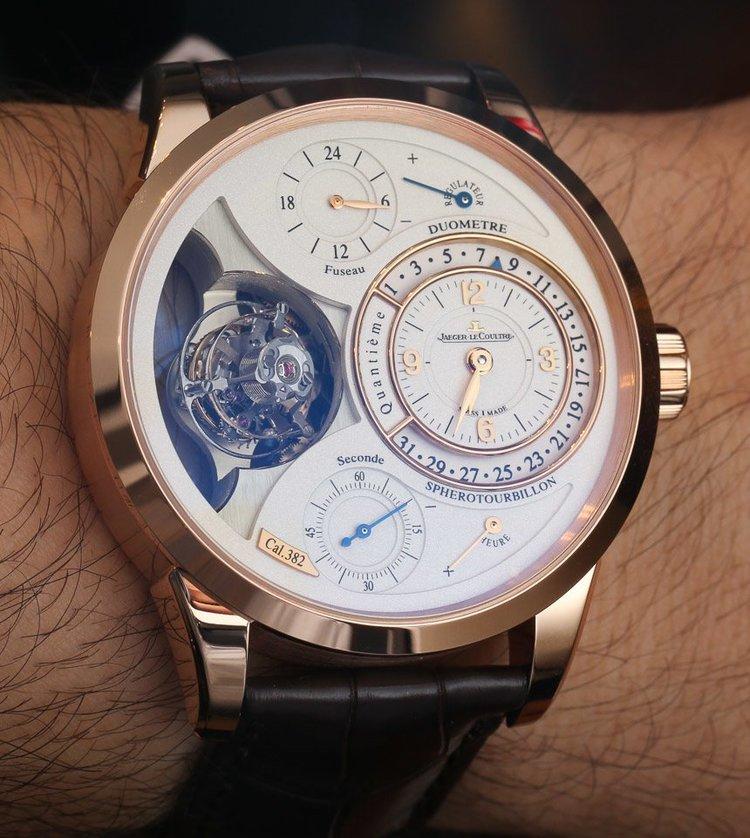 Một mẫu đồng hồ của Jaeger-LeCoultre