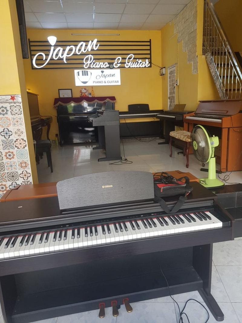 Japan Piano & Guitar
