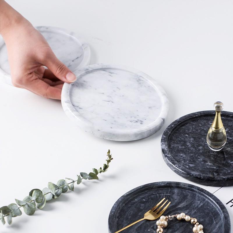 Jen space là cả một kho tàng về đạo cụ chụp hình sống ảo marble cực xịn xò