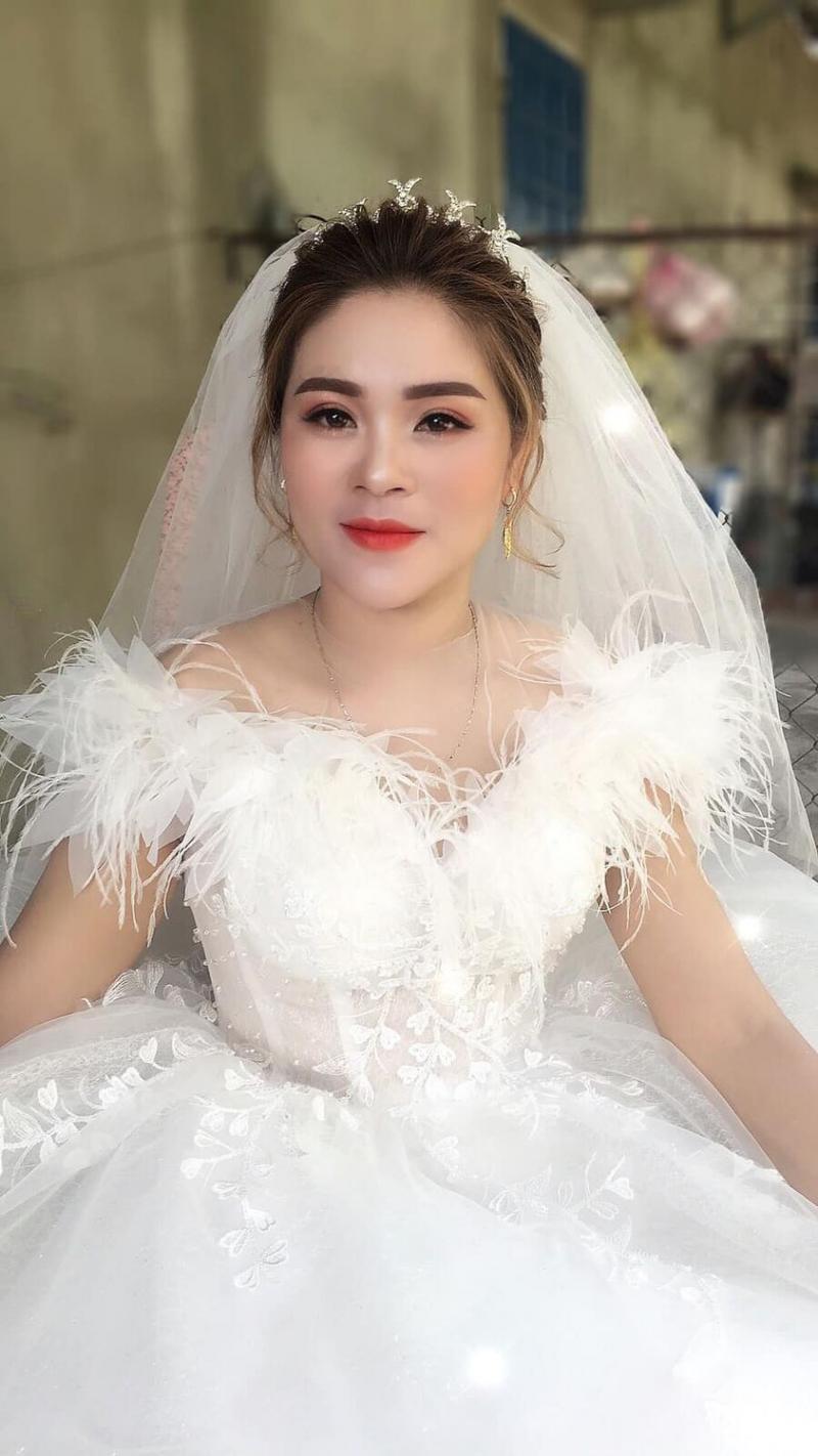 Jenny Vũ Make Up