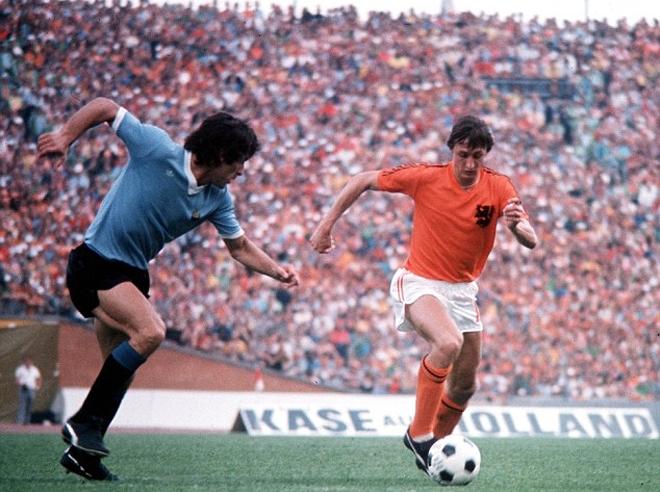 Johan Cruyff tại World Cup 1974 khi Hà Lan thất bại trước đội tuyển Đức