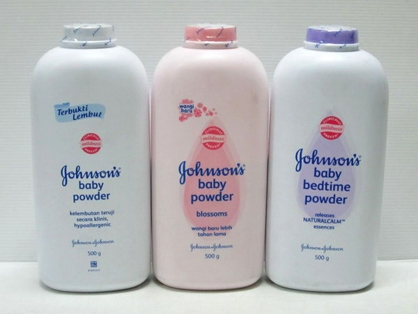 Phấn rôm Johnson's Baby Powder